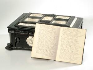 """Adam Mickiewicz: """"Pan Tadeusz"""". Rękopis poematu wraz z ozdobną szkatułą. 1832-1834 r."""