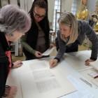 Omawianie efektów zakończonej konserwacji kart rękopisów Juliusza Słowackiego