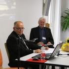 Dyrektor Ossolineum dr Adolf Juzwenko i Stefan Władysiuk z Biblioteki Polskiej w Montrealu