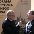 Dyrektor Ossolineum Adolf Juzwenko i prezes Hali Stulecia Andrzej Baworowski
