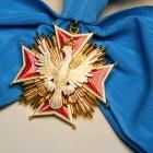 Order Orła Białego przyznany W.Bartoszewskiemu, 1995