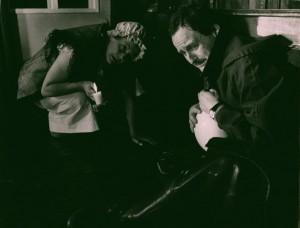 Akt przerywany, reżyseria Bohdan Cybulski, Teatr Nowy w Warszawie, aut. fot. Wojciech Plewiński. Na zdjęciu: Anna Ciepielewska, Aleksander Mikołajczak, 1984 r.