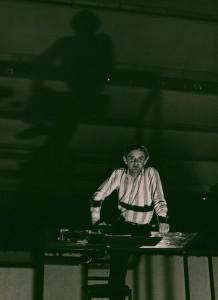 Akt przerywany, reżyseria Bohdan Cybulski, Teatr Nowy w Warszawie, aut. fot. Wojciech Plewiński. Na zdjęciu: Jerzy Bończak, 1984 r.