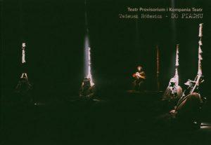 Okładka programu sztuki T. Różewicza pt. Do piachu..., reżyseria Janusz Opryński i Witold Mazurkiewicz, Teatr Provisorium i Kompania Teatr, proj. graf.: Piotr Wysocki, Lublin 2003 r.
