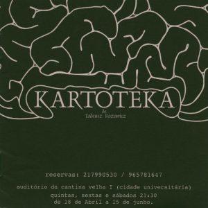 Okładka programu wydanego z okazji portugalskiej premiery sztuki Tadeusza Różewicza pt. Kartoteka, reżyseria Ávila Costa, Grupo de Teatro de Letras, [Lisbona 2002] r.