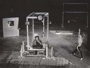 Odejście Głodomora, aut. fot.: Jan Bortkiewicz. Na fot.: Bogusław Kierc, Teatr Współczesny we Wrocławiu, 1977 r.